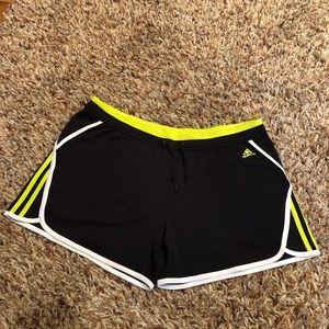 Adidas - shorts size Large